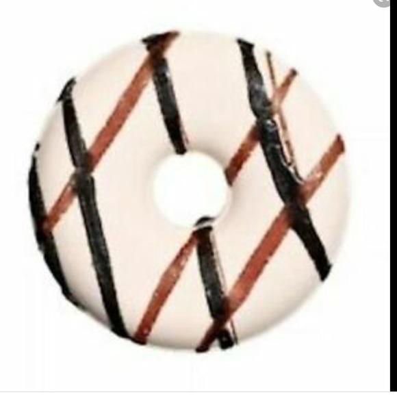 3/$25 bath bomb donut Sugar Berry Sealed